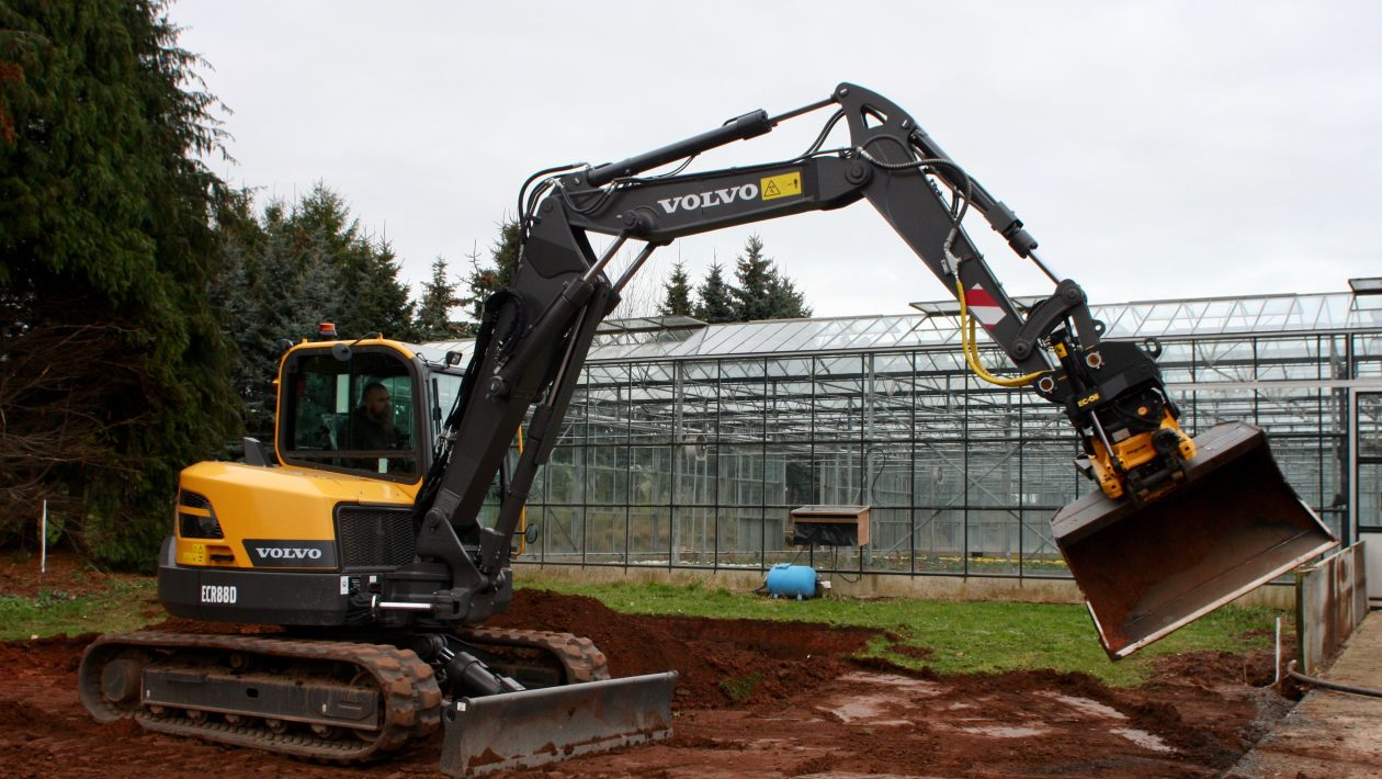 Engcon Kit in use by Shawn Powell