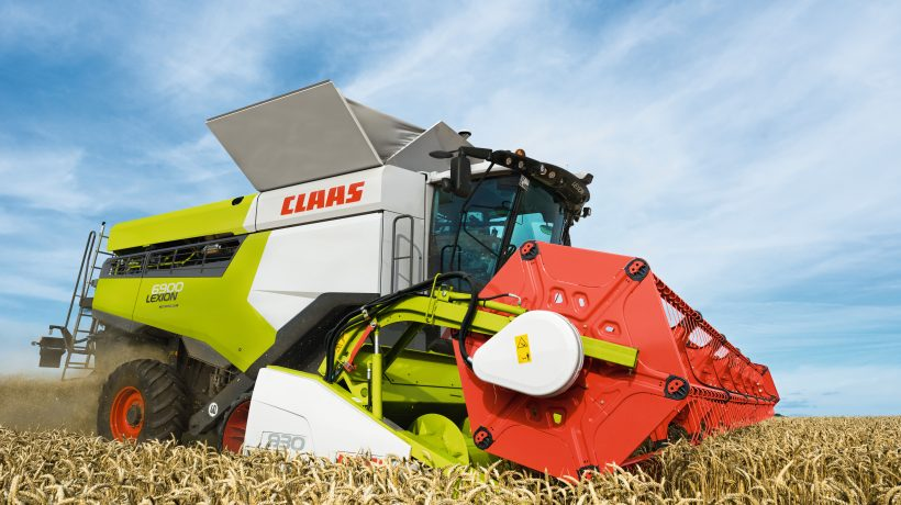 CLAAS LEXION Combine Harvester