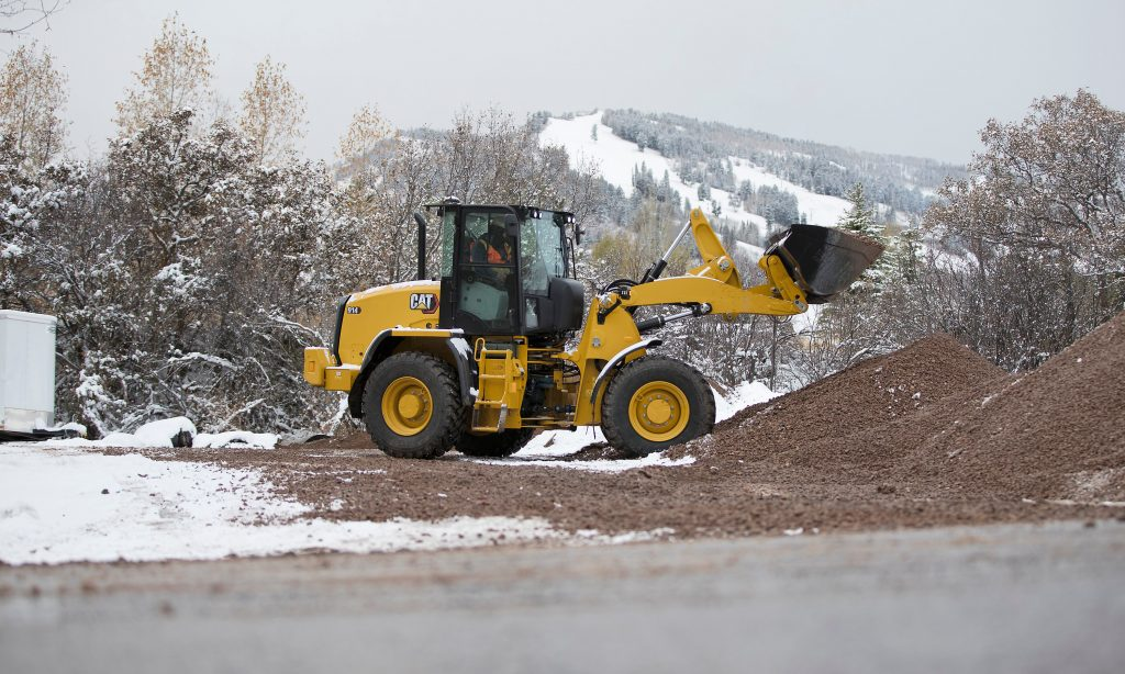 NEW CAT® 914 COMPACT WHEEL LOADER