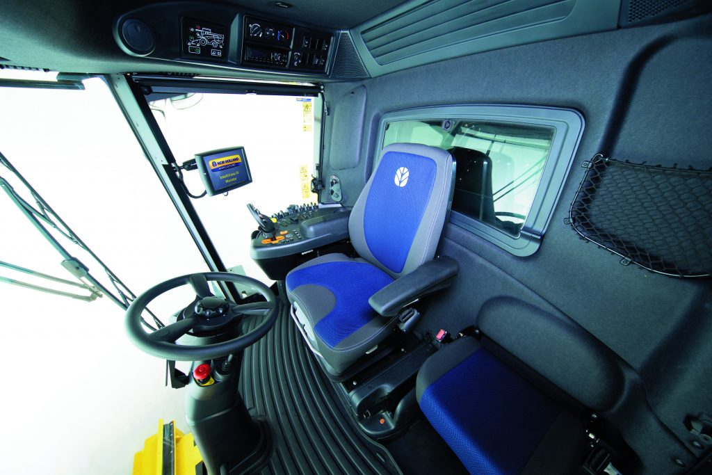 The CH7.70 features New Holland's Harvest Suite™ Deluxe cab