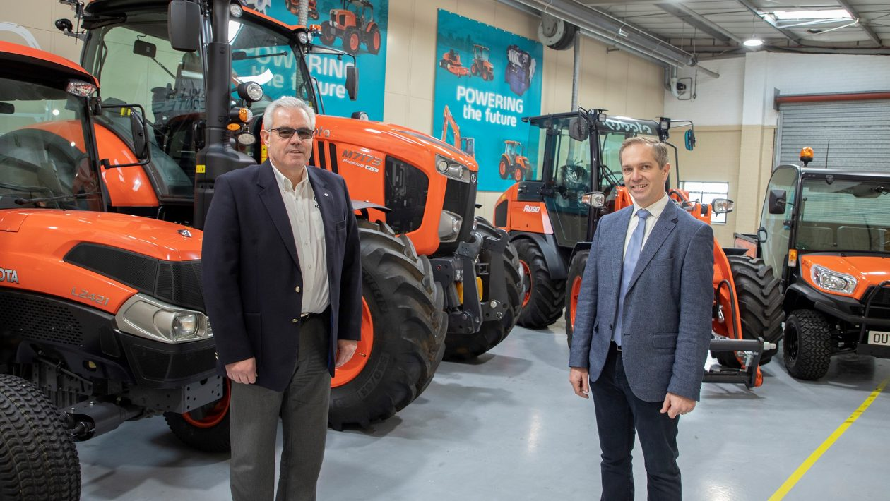 Kubota (UK) managing director David Hart (left) with Lister Wilder company director Charlie King (right).