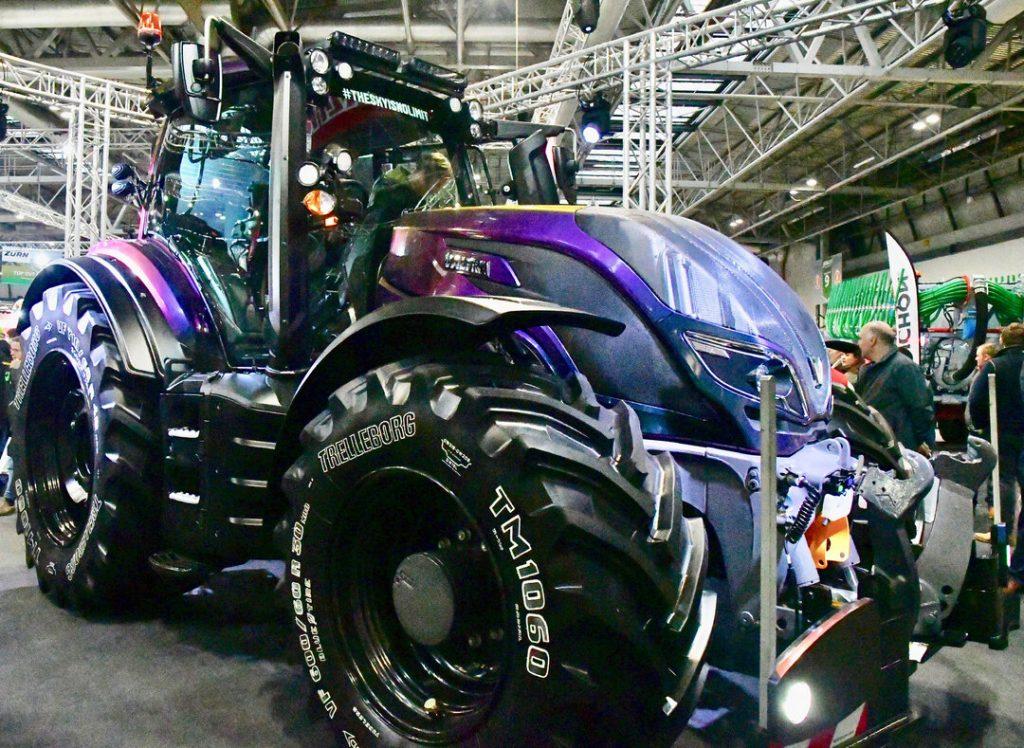 Lamma 2020: Custom Wrapped Valtra Tractor